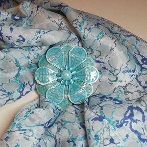 Light blue flower lapel pin brooch
